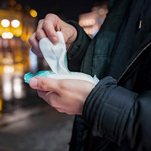 Lingettes nettoyantes mains et corps